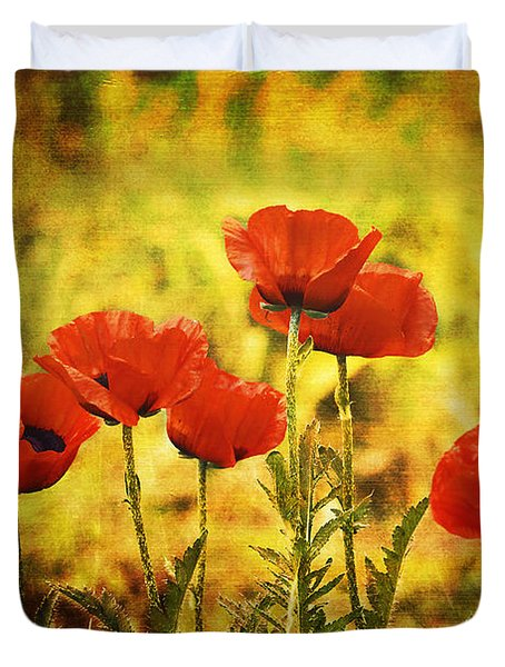 Duvet Cover featuring the photograph Colorado Poppies by Tammy Wetzel