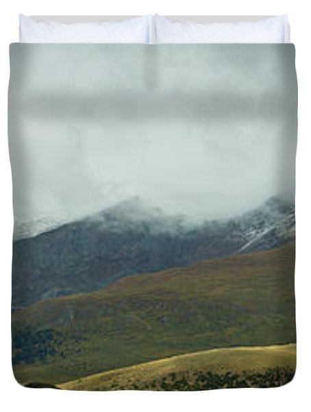 Colorado's Front Range Panorama Duvet Cover by Benjamin Reed