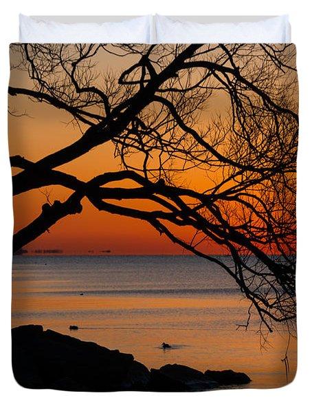 Colorful Quiet Sunrise On Lake Ontario In Toronto Duvet Cover