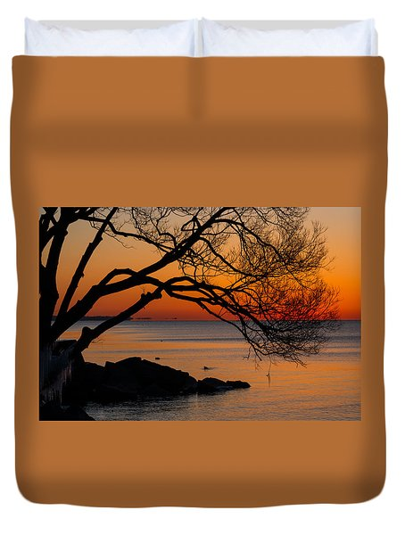 Colorful Quiet Sunrise On Lake Ontario In Toronto Duvet Cover