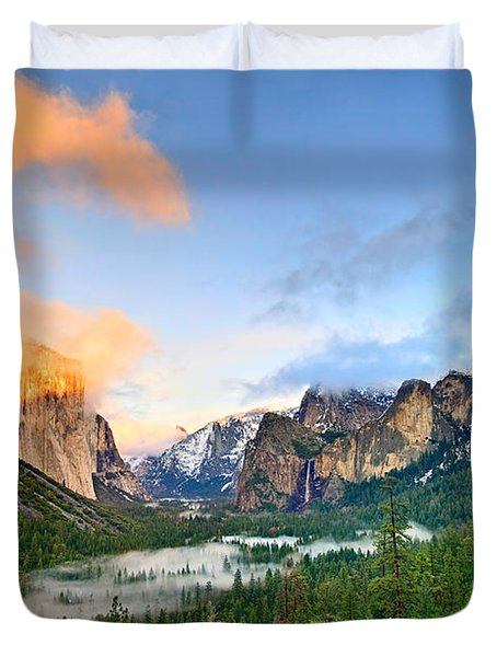 Colors Of Yosemite Duvet Cover by Jamie Pham