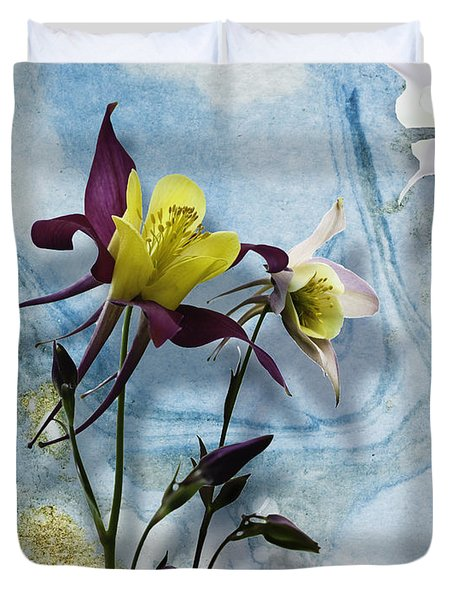 Columbine Blossom With Suminagashi Ink Duvet Cover