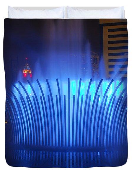 D101l-122 Scioto Mile Fountain Photo Duvet Cover