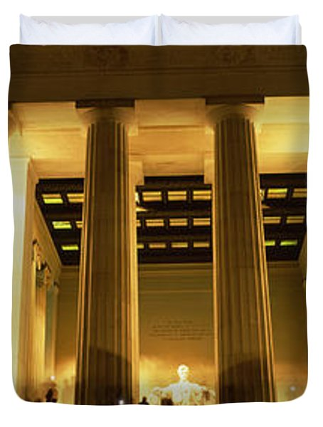 Columns Surrounding A Memorial, Lincoln Duvet Cover by Panoramic Images