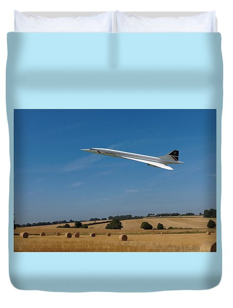 Duvet Cover featuring the digital art Concorde At Harvest Time by Paul Gulliver