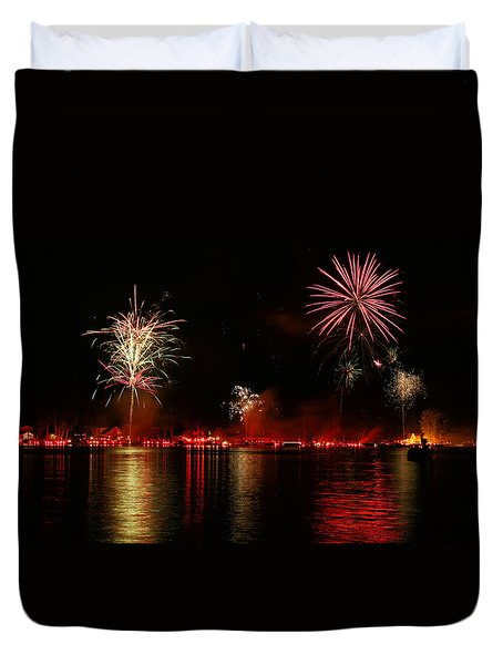Conesus Ring Of Fire Duvet Cover by Richard Engelbrecht