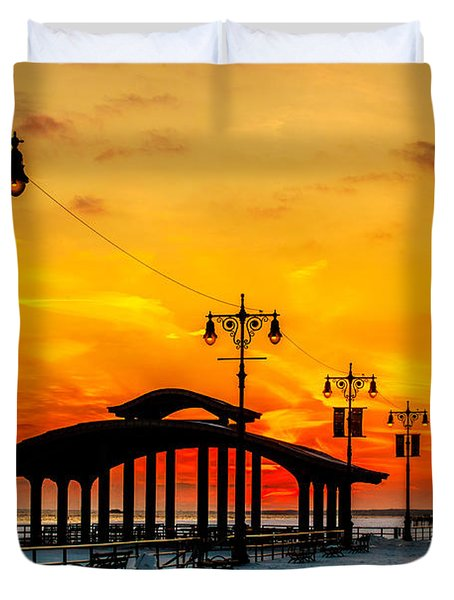 Coney Island Winter Sunset Duvet Cover