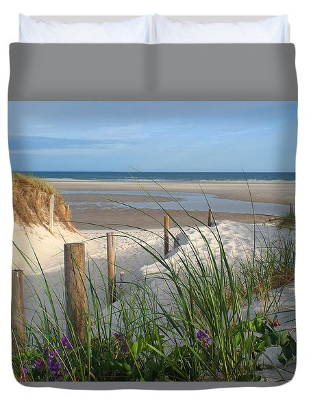 Duvet Cover featuring the photograph Cool Of Morning by Dianne Cowen