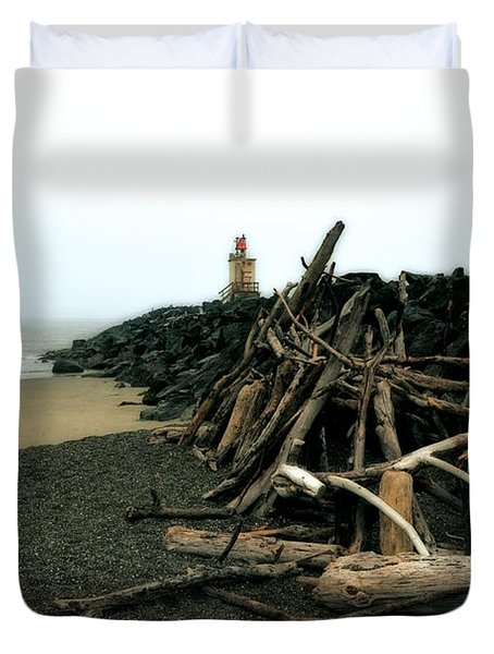 Coquille River South Jetty Duvet Cover