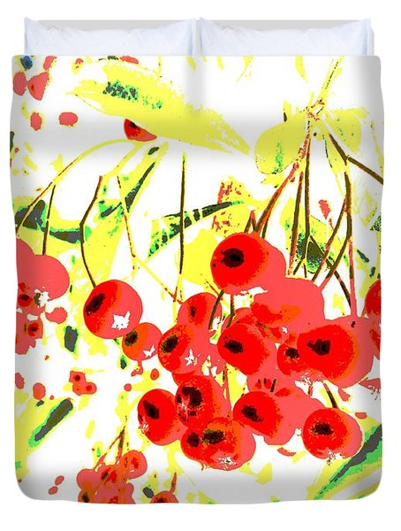 Duvet Cover featuring the photograph Cotoneaster by Barbara Moignard