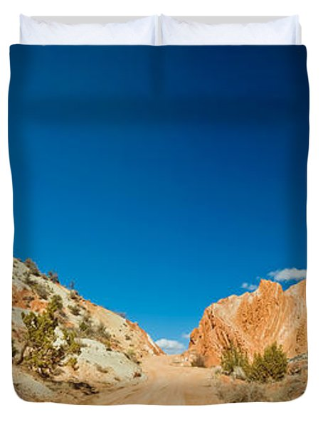 Cottonwood Canyon Road Passing Duvet Cover