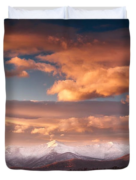 Craggy Snow Duvet Cover