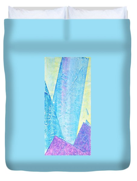 Crashing Waves And Rocks Duvet Cover