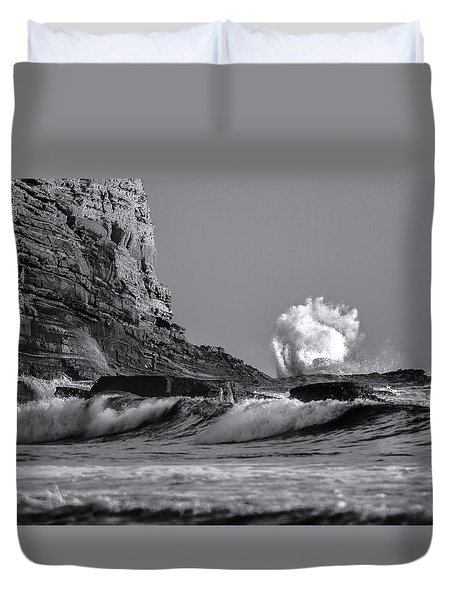 Crashing Waves At Cabrillo By Denise Dube Duvet Cover