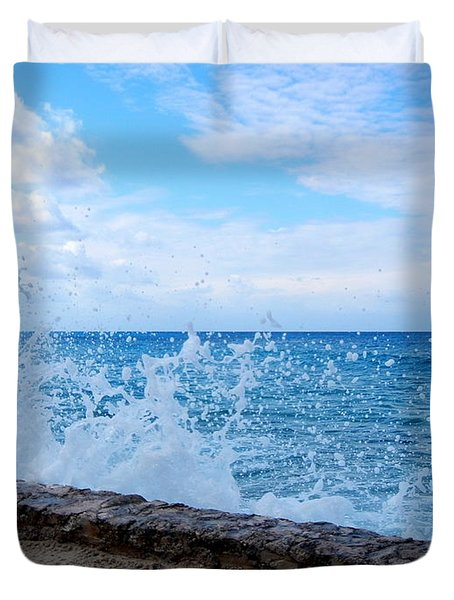 Crashing Waves In Cozumel Duvet Cover by Debra Martz