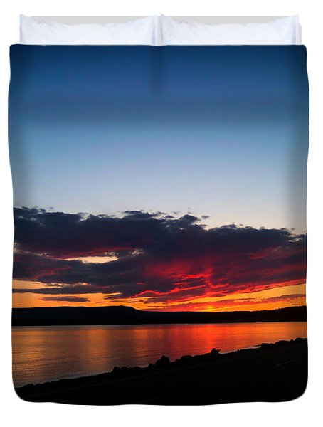 Crater Lake Yellowstone National Park Montana Duvet Cover by Thomas Woolworth