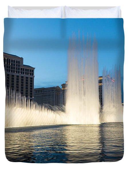 Crescendo - The Glorious Fountains At Bellagio Las Vegas Duvet Cover by Georgia Mizuleva