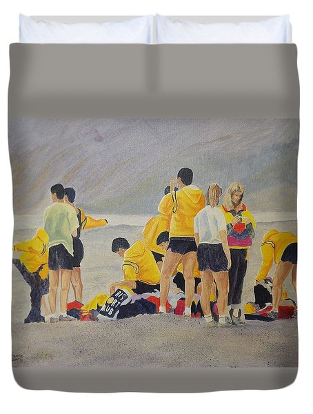 Duvet Cover featuring the painting Cross Country Beach Run by Richard Faulkner