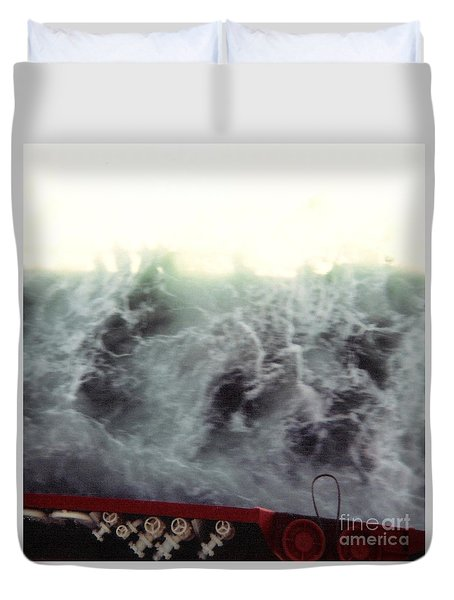 Crossing The Channel I Duvet Cover