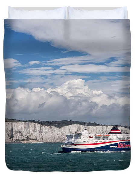 Crossing The English Channel Duvet Cover by Tim Stanley