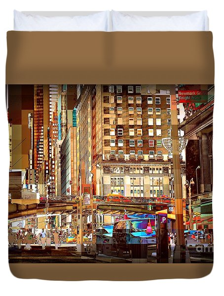 Grand Central And 42nd St Duvet Cover by Miriam Danar
