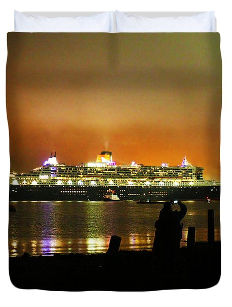Duvet Cover featuring the photograph Cunard's 3 Queens by Terri Waters