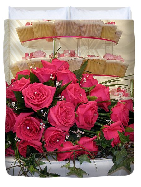 Cupcakes And Roses Duvet Cover by Terri Waters