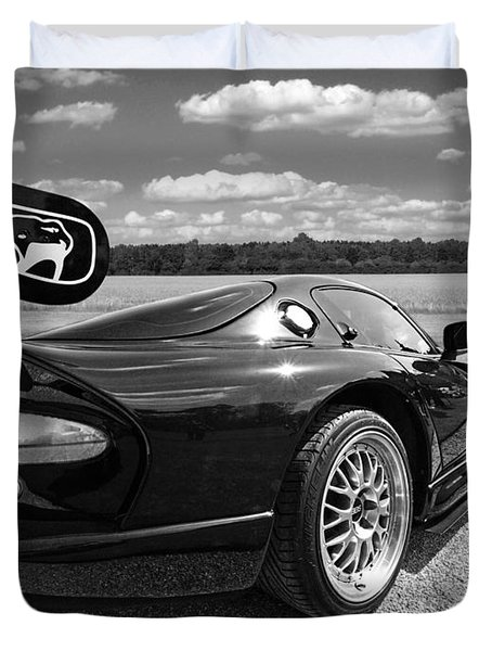 Curvalicious Viper In Black And White Duvet Cover