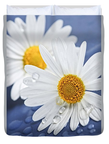 Daisy Flowers With Water Drops Duvet Cover