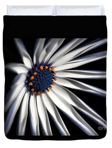 Duvet Cover featuring the photograph Daisy Heart by Joy Watson