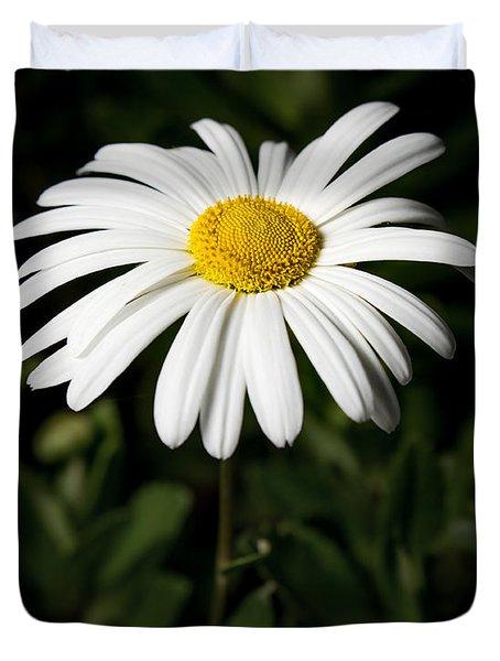 Daisy In The Garden Duvet Cover