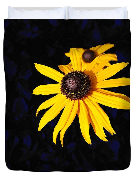 Daisy On Dark Blue Duvet Cover