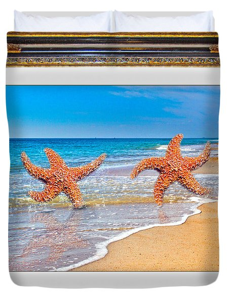 Dancing To The Beat Of The Sea Duvet Cover