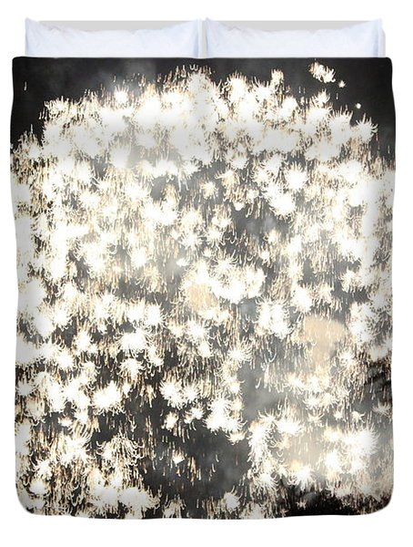 Dandelion Ablaze Duvet Cover