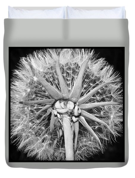 Dandy  Lion...looking Up Duvet Cover