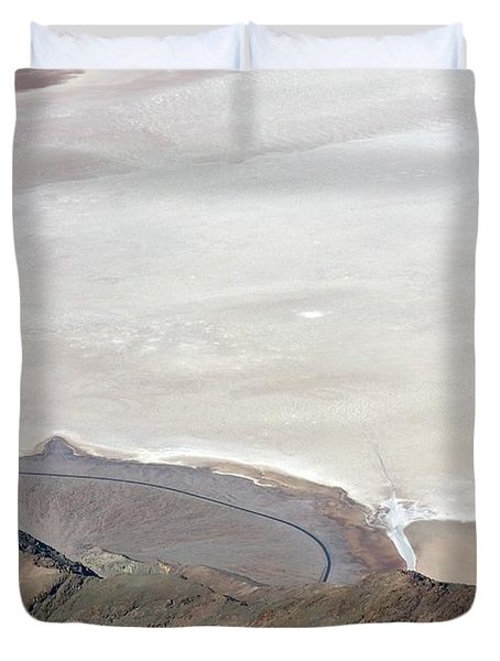 Duvet Cover featuring the photograph Dante's View #2 by Stuart Litoff