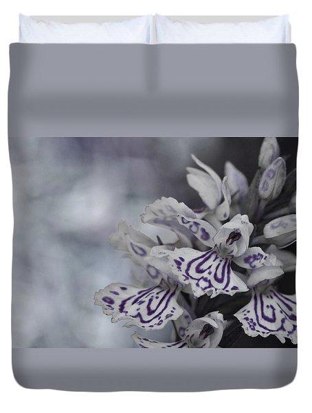 Dark Angel Of Flowers Duvet Cover