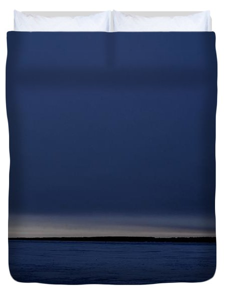 Duvet Cover featuring the photograph Dark Sunrise 2  by Lyle Crump