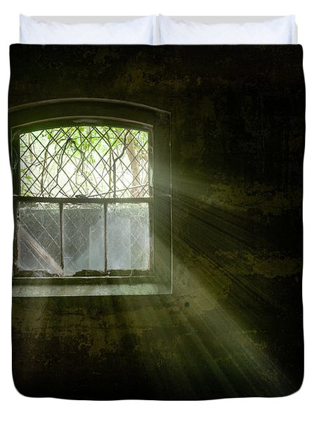 Duvet Cover featuring the photograph Darkness Revealed - Basement Room Of An Abandoned Asylum by Gary Heller