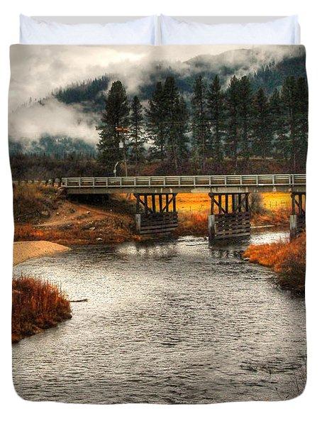 Duvet Cover featuring the photograph Daveys Bridge by Sam Rosen