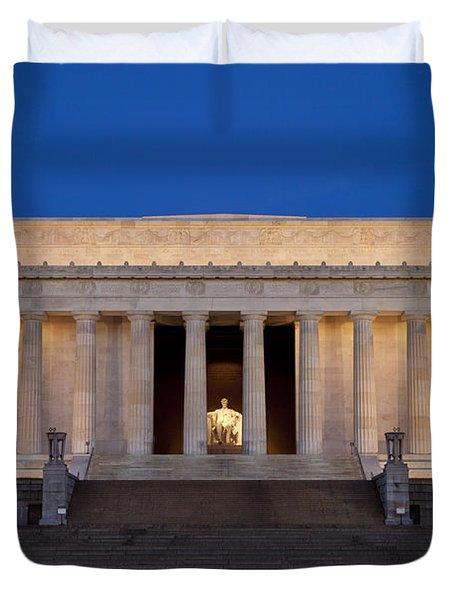 Dawn At Lincoln Memorial Duvet Cover