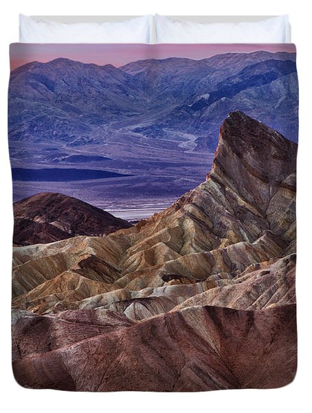 Duvet Cover featuring the photograph Dawn At Zabriskie Point by Jerry Fornarotto