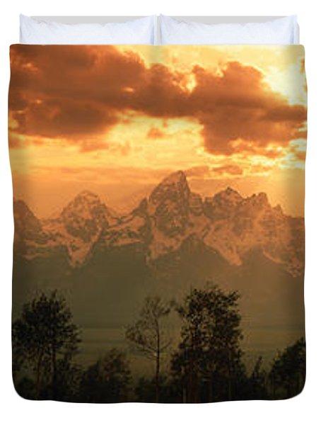 Dawn Teton Range Grand Teton National Duvet Cover