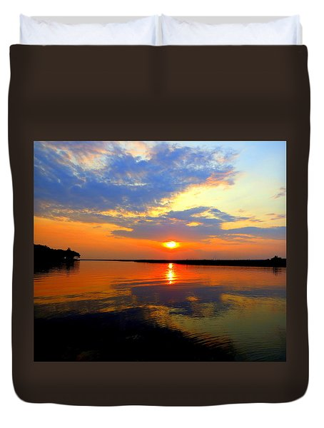 Dazzling End Of The Day Duvet Cover by Phyllis Beiser