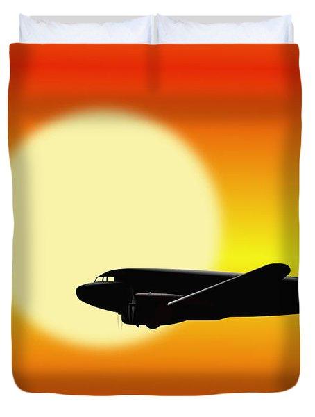 Dc-3 Passing Sun Duvet Cover