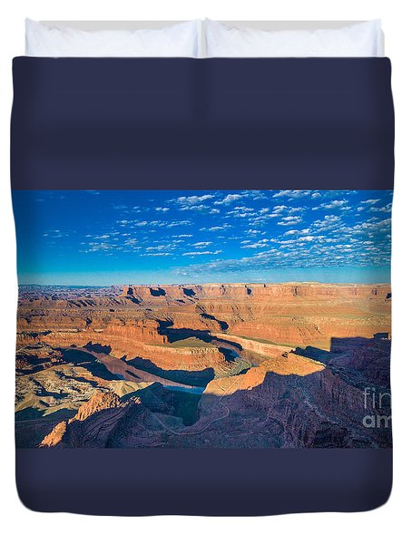 Duvet Cover featuring the photograph Dead Horse Point by Juergen Klust