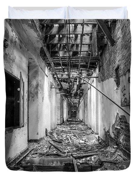 Deadly Corridor - Abandoned Asylum Building Duvet Cover by Gary Heller