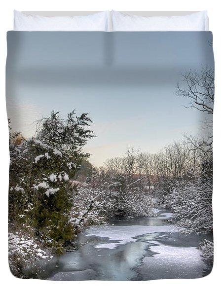 Deep Creek At Green Lane Reservoir - Pennsylvania Usa Duvet Cover by Mother Nature