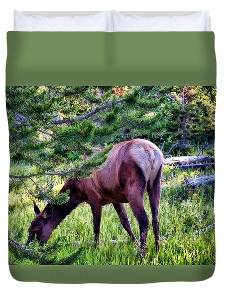 Duvet Cover featuring the photograph Deer 7 by Dawn Eshelman