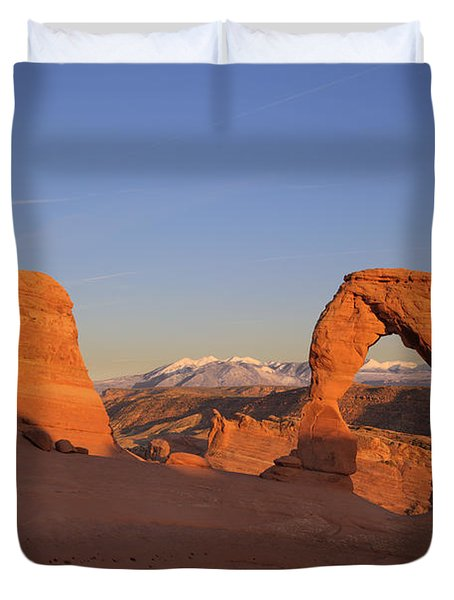 Delicate Arch At Sunset-2 Duvet Cover by Alan Vance Ley